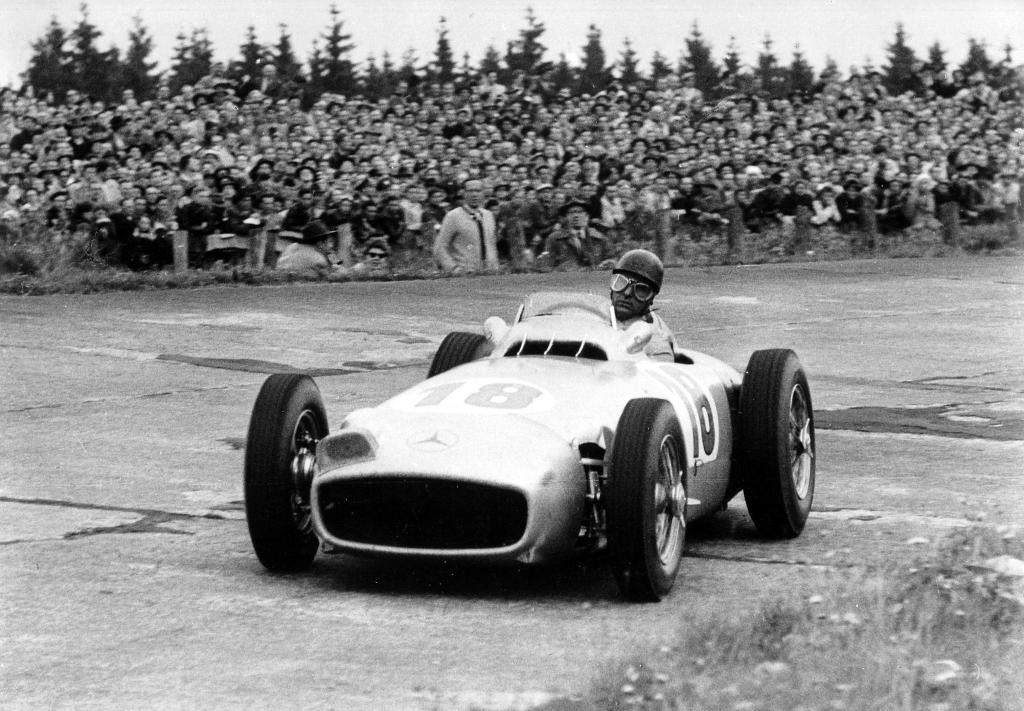 German Grand Prix at the Nürburgring, August 1, 1954. Winner Juan Manuel Fangio at the wheel of the open-wheel Mercedes-Benz W 196 R with start number 18.  Photos: Mercedes Benz